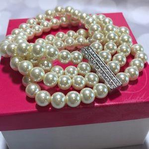 Pearl bracelet by Premier Designs